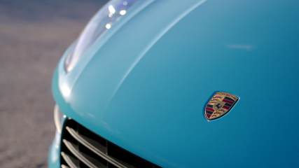 Porsche Macan Design Preview in Miami Blue