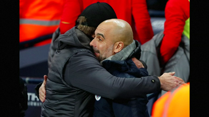 Manchester City beat Liverpool to close on leaders